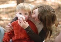 Густые зеленые сопли у ребенка чем лечить